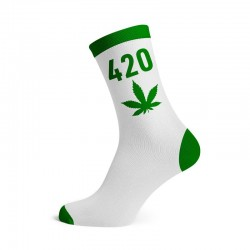 cannabis 420 socks wholesale. Green and white colour with cannabis leaf. Wholesale pack of 12 pairs